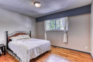 """Photo 13: 15084 RAVEN Place in Surrey: Bolivar Heights House for sale in """"birdland"""" (North Surrey)  : MLS®# R2380591"""