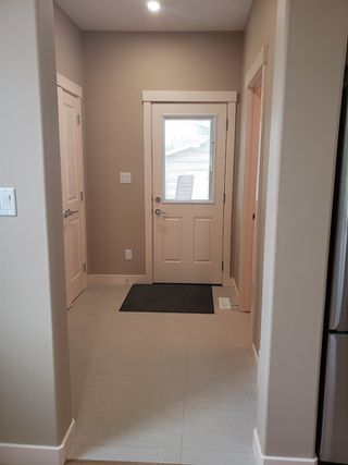 Photo 9: 9322 153 Street in Edmonton: Zone 22 House for sale : MLS®# E4162255