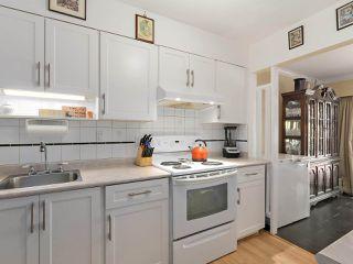 "Photo 10: 46 9460 GLENALLAN Drive in Richmond: Saunders Townhouse for sale in ""SHARON GARDENS"" : MLS®# R2381806"