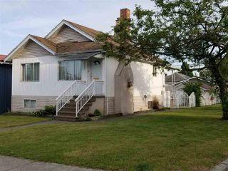 Main Photo: 3002 GRAVELEY Street in Vancouver: Renfrew VE House for sale (Vancouver East)  : MLS®# R2382006