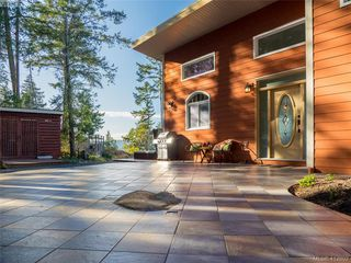 Photo 20: 9915 Conery Crescent in PENDER ISLAND: GI Pender Island Single Family Detached for sale (Gulf Islands)  : MLS®# 412802