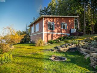 Photo 28: 9915 Conery Crescent in PENDER ISLAND: GI Pender Island Single Family Detached for sale (Gulf Islands)  : MLS®# 412802