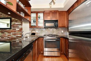 "Photo 9: 106 2515 ONTARIO Street in Vancouver: Mount Pleasant VW Condo for sale in ""ELEMENTS"" (Vancouver West)  : MLS®# R2385133"