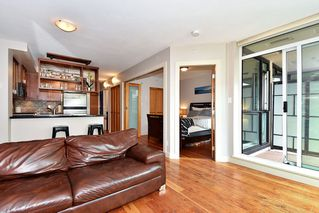 "Photo 4: 106 2515 ONTARIO Street in Vancouver: Mount Pleasant VW Condo for sale in ""ELEMENTS"" (Vancouver West)  : MLS®# R2385133"