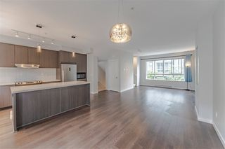 """Photo 5: 51 8138 204 Street in Langley: Willoughby Heights Townhouse for sale in """"ASHBURY & OAK"""" : MLS®# R2386662"""