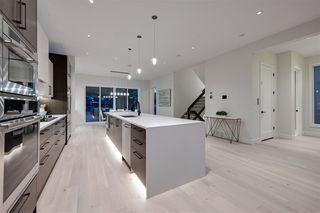 Photo 11: 7302 155 Street in Edmonton: Zone 22 House for sale : MLS®# E4166345