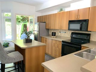 "Photo 5: 60 50 PANORAMA Place in Port Moody: Heritage Woods PM Townhouse for sale in ""ADVENTURE RIDGE"" : MLS®# R2392982"