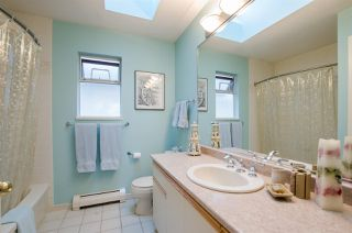Photo 12: 3623 W 38TH Avenue in Vancouver: Dunbar House for sale (Vancouver West)  : MLS®# R2439548