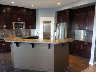 Photo 2: 8448 16A Avenue in Edmonton: Zone 53 House for sale : MLS®# E4192190