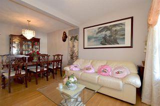 Photo 5: 3315 40B Avenue in Edmonton: Zone 30 House for sale : MLS®# E4198166