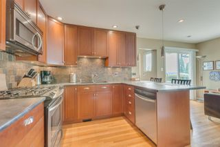 Photo 13: 952 EDGAR Avenue in Coquitlam: Maillardville House for sale : MLS®# R2469119