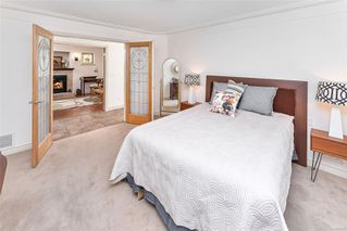 Photo 25: 1801 Hollywood Cres in : Vi Fairfield East Half Duplex for sale (Victoria)  : MLS®# 856497
