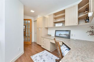Photo 34: 1801 Hollywood Cres in : Vi Fairfield East Half Duplex for sale (Victoria)  : MLS®# 856497