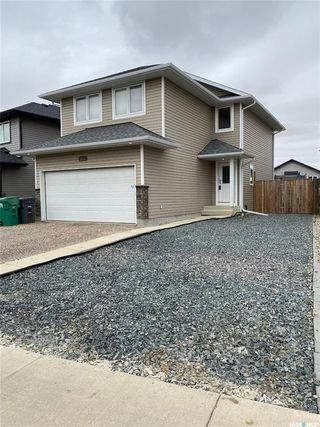 Main Photo: 114 Henick Crescent in Saskatoon: Hampton Village Residential for sale : MLS®# SK828526
