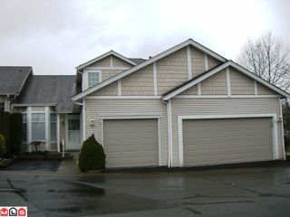 "Photo 1: 131 9012 WALNUT GROVE Drive in Langley: Walnut Grove Townhouse for sale in ""Queen Anne Green"" : MLS®# F1103996"
