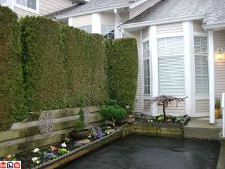 "Photo 2: 131 9012 WALNUT GROVE Drive in Langley: Walnut Grove Townhouse for sale in ""Queen Anne Green"" : MLS®# F1103996"