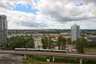 "Photo 3: 1001 4888 BRENTWOOD Drive in Burnaby: Brentwood Park Condo for sale in ""FITZGERALD"" (Burnaby North)  : MLS®# V896919"