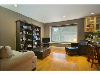 Photo 5: 416 W KEITH Road in North Vancouver: Central Lonsdale House 1/2 Duplex for sale : MLS®# V921744