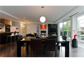 "Photo 2: 1510 HOMER ME in Vancouver: Yaletown Townhouse for sale in ""THE ERICKSON"" (Vancouver West)  : MLS®# V977494"