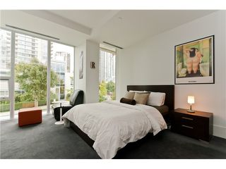 "Photo 7: 1510 HOMER ME in Vancouver: Yaletown Townhouse for sale in ""THE ERICKSON"" (Vancouver West)  : MLS®# V977494"