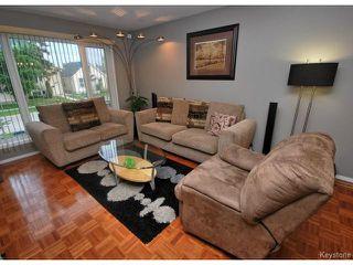 Photo 3: 75 Harrowby Avenue in WINNIPEG: St Vital Residential for sale (South East Winnipeg)  : MLS®# 1413266