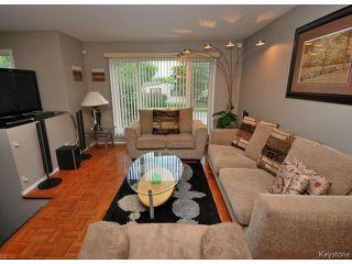 Photo 4: 75 Harrowby Avenue in WINNIPEG: St Vital Residential for sale (South East Winnipeg)  : MLS®# 1413266