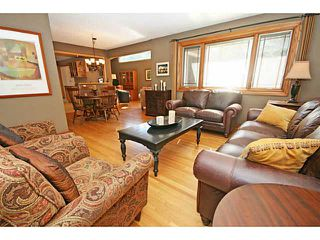 Photo 4: 12 LAKE LINNET Close SE in Calgary: Lake Bonavista Residential Detached Single Family for sale : MLS®# C3641597