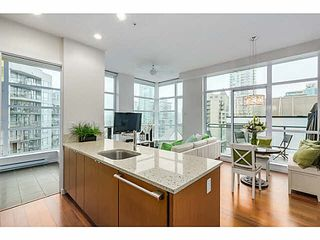 "Photo 2: 1206 1205 HOWE Street in Vancouver: Downtown VW Condo for sale in ""ALTO"" (Vancouver West)  : MLS®# V1103583"