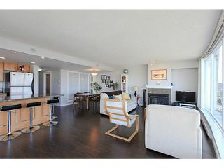 "Photo 5: 2206 120 MILROSS Avenue in Vancouver: Mount Pleasant VE Condo for sale in ""THE BRIGHTON"" (Vancouver East)  : MLS®# V1108623"