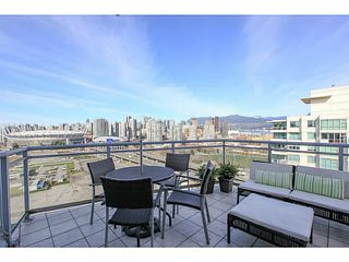 "Photo 14: 2206 120 MILROSS Avenue in Vancouver: Mount Pleasant VE Condo for sale in ""THE BRIGHTON"" (Vancouver East)  : MLS®# V1108623"
