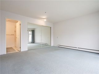 "Photo 16: 21 2130 MARINE Drive in West Vancouver: Dundarave Condo for sale in ""Lincoln Gardens"" : MLS®# V1115405"