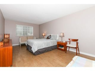 "Photo 13: 201 1140 55TH Street in Tsawwassen: Tsawwassen Central Condo for sale in ""TSAWWASSEN GREEN"" : MLS®# V1118885"