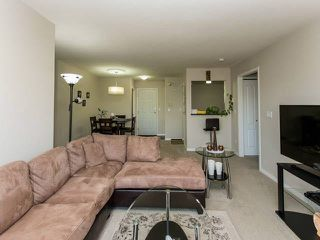 "Photo 10: 318 12633 72 Avenue in Surrey: West Newton Condo for sale in ""College Park"" : MLS®# F1441492"