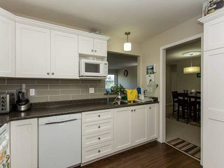 "Photo 3: 318 12633 72 Avenue in Surrey: West Newton Condo for sale in ""College Park"" : MLS®# F1441492"