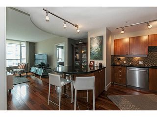 """Photo 3: 504 1478 W HASTINGS Street in Vancouver: Coal Harbour Condo for sale in """"DOCKSIDE"""" (Vancouver West)  : MLS®# V1135997"""
