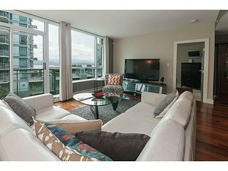 """Photo 1: 504 1478 W HASTINGS Street in Vancouver: Coal Harbour Condo for sale in """"DOCKSIDE"""" (Vancouver West)  : MLS®# V1135997"""