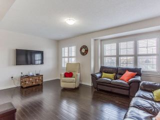 Photo 2: 82 Memory Lane in Brampton: Northwest Brampton House (3-Storey) for sale : MLS®# W3320837
