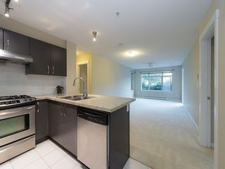 "Photo 3: 102 9199 TOMICKI Avenue in Richmond: West Cambie Condo for sale in ""MERIDIAN GATE"" : MLS®# R2006928"