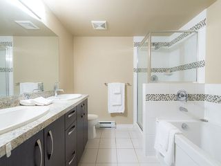"""Photo 5: 102 9199 TOMICKI Avenue in Richmond: West Cambie Condo for sale in """"MERIDIAN GATE"""" : MLS®# R2006928"""
