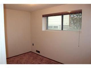 Photo 15: 75 WHITMAN Crescent NE in Calgary: Whitehorn House for sale : MLS®# C4038203