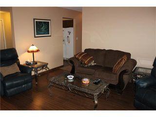 Photo 5: 75 WHITMAN Crescent NE in Calgary: Whitehorn House for sale : MLS®# C4038203