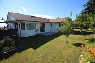 Main Photo: 4984 GEER Road in Sechelt: Sechelt District House for sale (Sunshine Coast)  : MLS®# R2085314