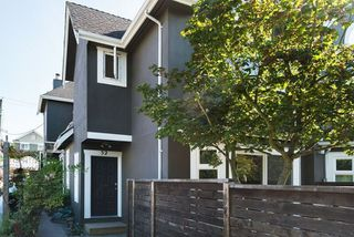 Photo 1: 52 W 16TH Avenue in Vancouver: Cambie Townhouse for sale (Vancouver West)  : MLS®# R2087237
