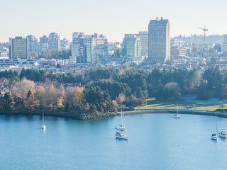 """Photo 2: 2706 1483 HOMER Street in Vancouver: Yaletown Condo for sale in """"WATERFORD"""" (Vancouver West)  : MLS®# R2101663"""