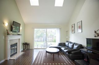 "Photo 3: 9 9700 BLUNDELL Road in Richmond: Garden City Townhouse for sale in ""EVERGREEN GARDEN"" : MLS®# R2109731"