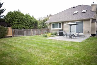 "Photo 13: 9 9700 BLUNDELL Road in Richmond: Garden City Townhouse for sale in ""EVERGREEN GARDEN"" : MLS®# R2109731"