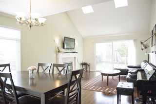 "Photo 2: 9 9700 BLUNDELL Road in Richmond: Garden City Townhouse for sale in ""EVERGREEN GARDEN"" : MLS®# R2109731"