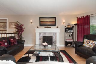 Photo 2: 12219 S BOUNDARY Drive in Surrey: Panorama Ridge House for sale : MLS®# R2116147