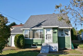 Photo 1: 32947 9TH Avenue in Mission: Mission BC House for sale : MLS®# R2116847
