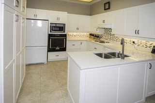 """Photo 6: 14 6100 WOODWARDS Road in Richmond: Woodwards Townhouse for sale in """"STRATFORD GREEN"""" : MLS®# R2131068"""